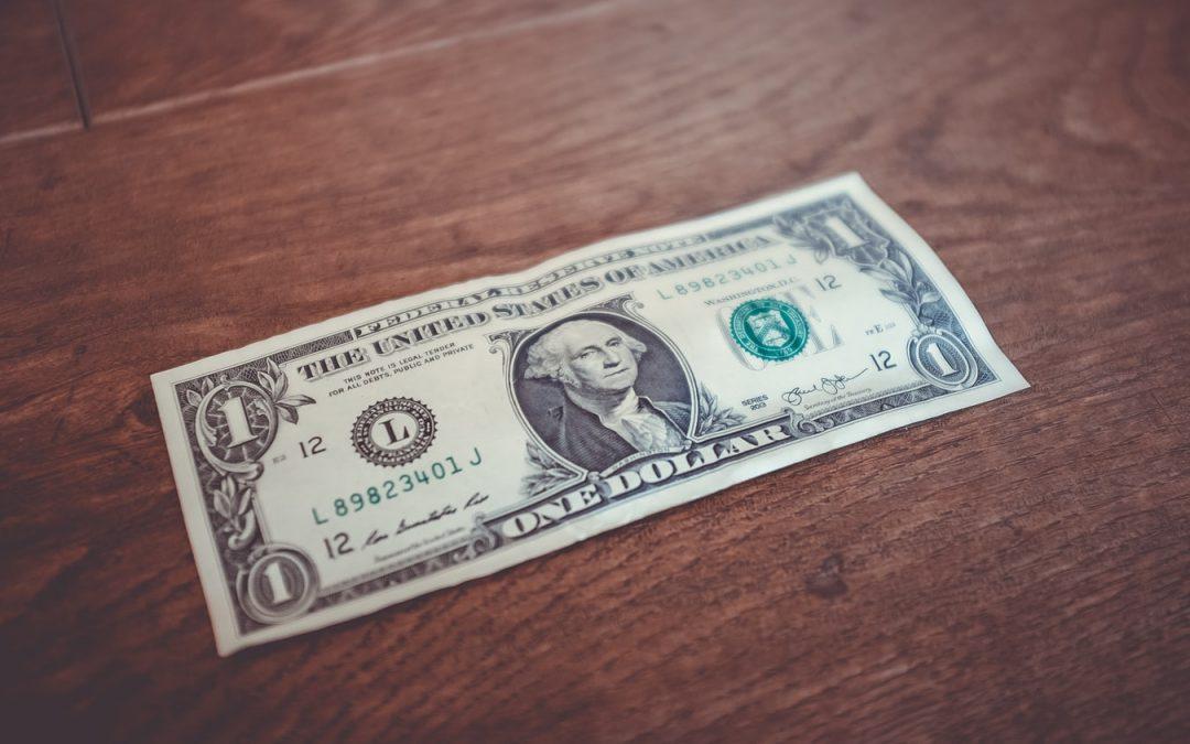 Dolar ojačao nakon očekivane odluke Feda