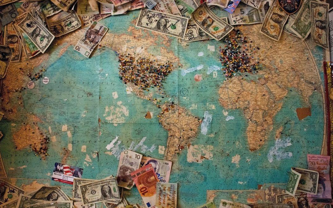Dolar pod pritiskom zbog zaoštravanja trgovinskih sukoba